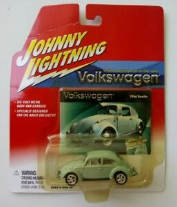JOHNNY LIGHTNING VOLKSWAGEN MINT GREEN 1966 BEETLE 1:64 DIECAST CAR - MOC