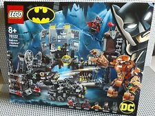 Lego DC Comics Super Heroes - 76122 - Clayface invasion in the Batcave - NEUF