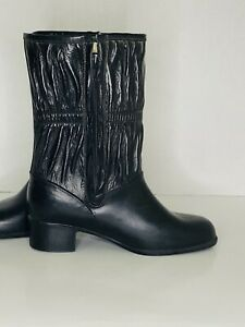 """Vintage Womens Winter Lined Black Leather Boot Made in USA Size 5  (5M)10"""" Tall"""