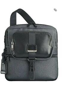 Tumi Alpha Bravo - Arnold Zip Flap Messenger Bag, 32 cm, 4 1/3 liters, Grey 01.