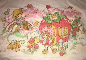Vintage Strawberry Shortcake 3 Piece Twin Sheet Set American Greetings 1980 USA