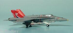 Herpa 554138 US Marine Corps VMFA-122 McDonnell Douglas F/A-18C 1:200 Scale Mint
