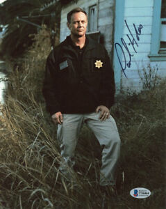 PAUL HOLES SIGNED 8x10 PHOTO INVESTIGATOR GOLDEN STATE KILLER RARE BECKETT BAS