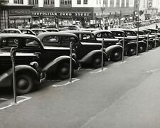 CLASSIC CARS PARKED NEXT TO METERS 1930S 8x10 SILVER HALIDE PHOTO PRINT