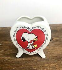 New ListingVintage Peanuts Snoopy & Woodstock Heart Ceramic Vase