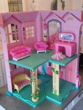 Grande casa di Barbie non originale con arredi