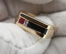 VINTAGE 10K YELLOW GOLD MEN`S RING WITH DIAMOND,RUBY & BLACK ONYX.SIZE 10.5