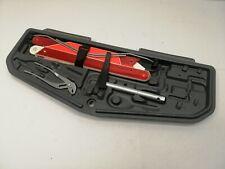 BMW 5er E39  Werkzeugfach Werkzeugkasten Bordwerkzeug Werkzeug Heckklappe (C1)