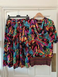 Gina Bacconi Vintage Rainbow graphic Print 80s pleated Skirt Suit top 10 12