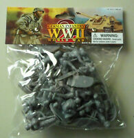 1:32 WWII German Infantry Plastic Toy Soldier Figures 24 In Bag