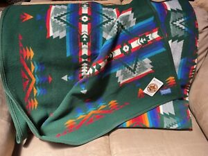 Pendleton Beaver State Chief Joseph Jacquard Robe 64x80 In. Green Wool Blanket