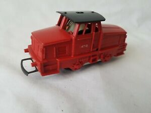 RARE TRIANG R853 RED/ BLACK 0-4-0 SWEDISH DIESEL SHUNTER 4718 EXCELLENT UNBOXED