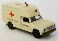 Roco Dodge M880 1.25t 4x4 SAN US Army Medical Service Rotes Kreuz 1:87 H0