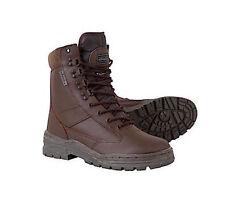 Botas de hombre en color principal marrón