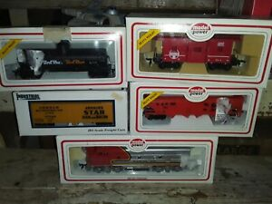 VINTAGE MODEL POWER 6800 SF HO SCALE F2-A Diesel Locomotive Santa Fe w/4 cars