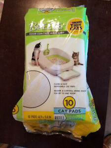 Tidy Cats BREEZE REFILL CAT PADS, open package, set of 9 pads