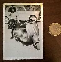 Foto Kind auf Vespa Motorroller Oldtimer original -