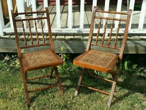 Antique Brown Wood Folding Walnut Chair - Set of 2
