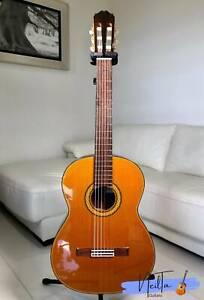 Takamine No.5 Classical Guitar  2000