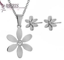 STAINLESS STEEL DAISY FLOWER PENDANT NECKLACE AND STUD EARRINGS SET