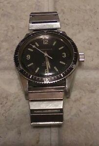 Vintage 1971 Men's Stainless Caravelle 666 Devil Diver's Wristwatch Running