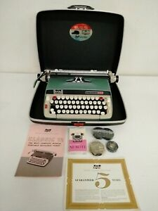 Vintage Smith-Corona SCM Classic 12 Portable Manual Typewriter with Hard Case