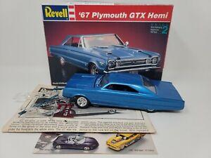 1967 PLYMOUTH GTX HEMI REVELL MODEL CAR KIT IN THE BOX JUNKYARD  #7359