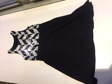 Girl's Flowers by Zoe white/black dress with sequin top, size 5 (runs small)