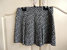 Abercrombie kids girls jersey pleated short  Black/ white flower print skirt 12