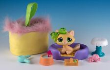 Littlest Pet Shop Tabby Cat #273 Yellow With Green Eyes + Accessories