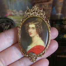 Vtg Miniature PICTURE FRAME BROOCH Dollhouse Gold Porcelain Victorian Portrait