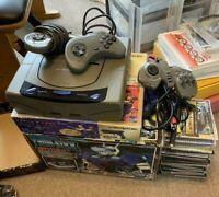 Sega Saturn console bundle +3 controllers + twin stick +Virtua gun + 20 games SS