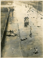 Graves incidents à New Delhi, septembre 1947 Vintage silver print Tirage argen