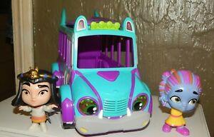 NETFLIX Super Monsters Set Monster Up Figures GrrBus spike bus lights sounds