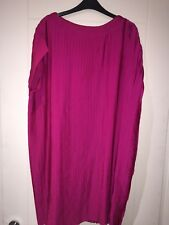 New with tags Reiss hot pink pleated mini dress with cap sleeves UK size 12