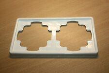 Gira S-Color 2-fach Rahmen in weiß/cremeweiß