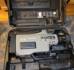 Panasonic S-VHS Reporter Movie Camera AG- 456 PRO LINE untested