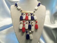 (HONG KONG) FUNKY COOL Vintage RED, WHITE, BLUE Lucite & Gold Necklace 15N121