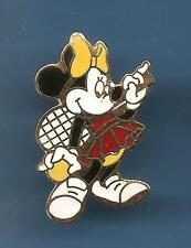 Pin's pin DISNEY MINNIE TENNIS (ref 030)