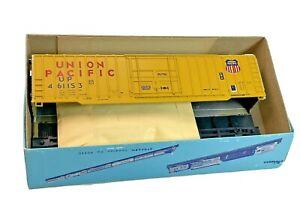 HO Vintage Athearn Union Pacific 50' Boxcar 461153 Kit in Original Box