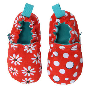 Chooze Weechooze Mismatched Baby Crib Shoes in Gift Box