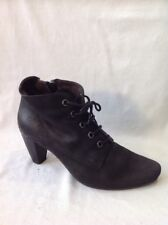 Perlato Black Ankle Leather Boots Size 37