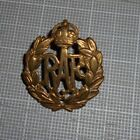 Original WWII Great Britain RAF Cap Badge