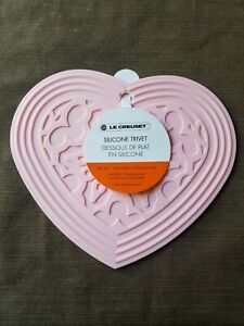 "Powder Pink Le Creuset 7.75"" Silicone Heart shaped Trivet Hot Pad Mat NWT"