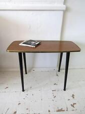 VINTAGE Tavolino effetto teak o metà del secolo modernist tabella