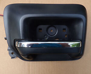2014 Silverado black with chrome drivers door interior handle with light 3033280