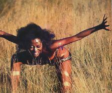 Diana Ross UNSIGNED photo - H4091 - BEAUTIFUL!!!!!