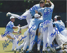 2013 North Carolina Signed Team Photo 8x10 CWS College World Series 21 Signature