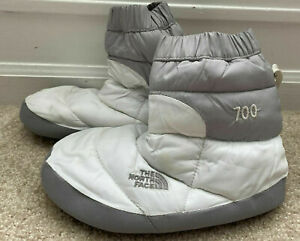WOMENS THE NORTH FACE 700 GOOSE DOWN TENT BOOTIES SIZE SMALL