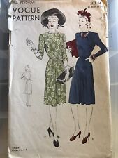 "Vintage Vogue 1940's Dress 9255 V-pleats 32"" B 35"" H"